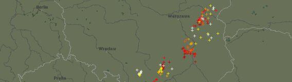 Alert pogodowy: grzmi i pada od Dolnego Śląska po Podlasie