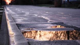 W większości kraju trudne warunki drogowe